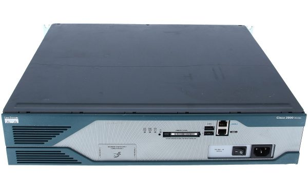 Cisco CISCO2821C/K9, 2821C-Ser2GE4HWIC,3PVDM,1NME-X,2AIM,128F/512D